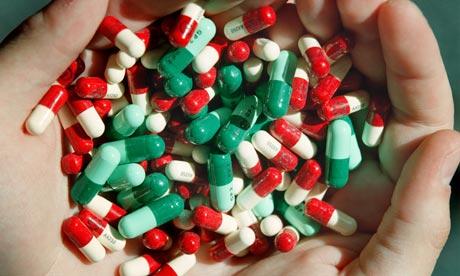 12 Bahaya Antibiotik untuk Anak dan Usia Lanjut
