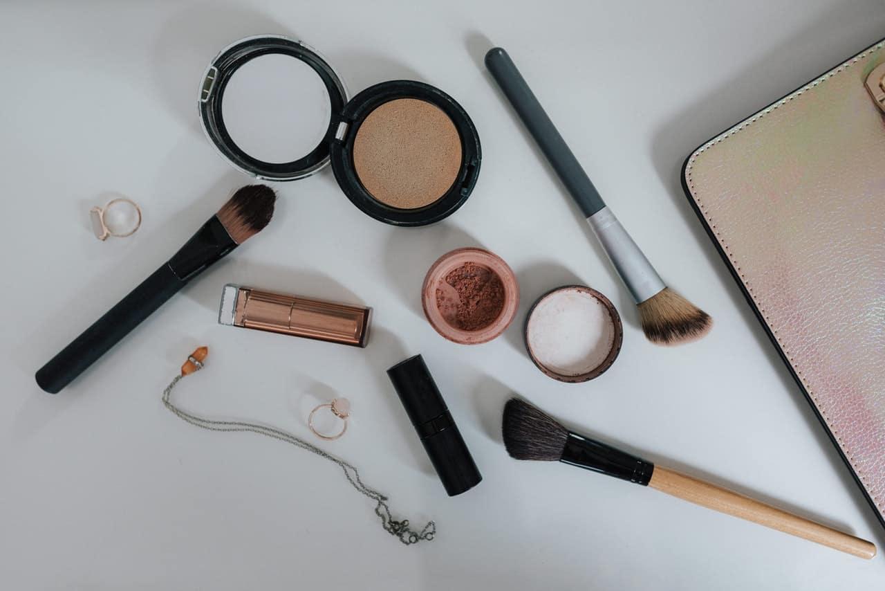Banyak Merk Kosmetik Terkenal Dipalsukan, BPOM Berhasil Gerebek Pabriknya