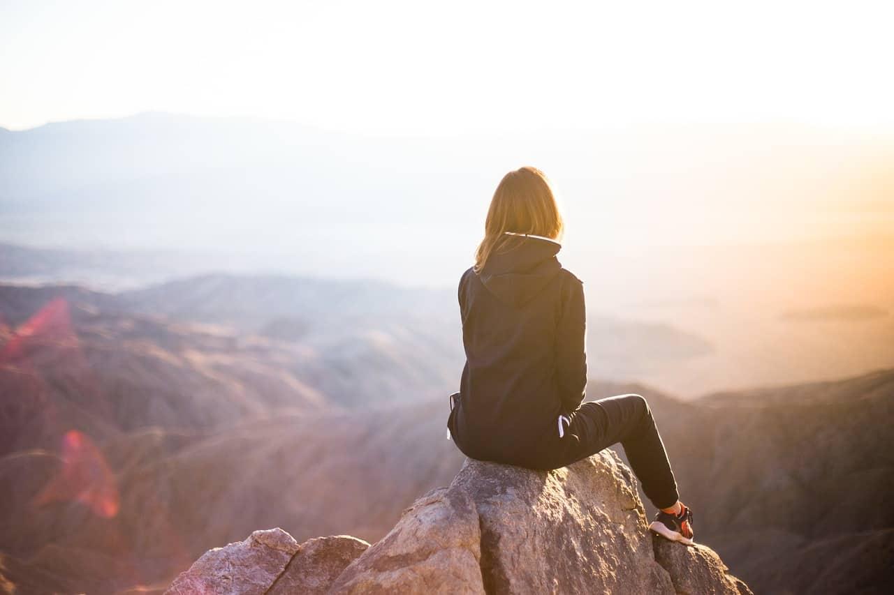 Ini 9 Manfaat Menyendiri Bagi Fisik, Emosi dan Mental Banyak Orang Belum Tahu