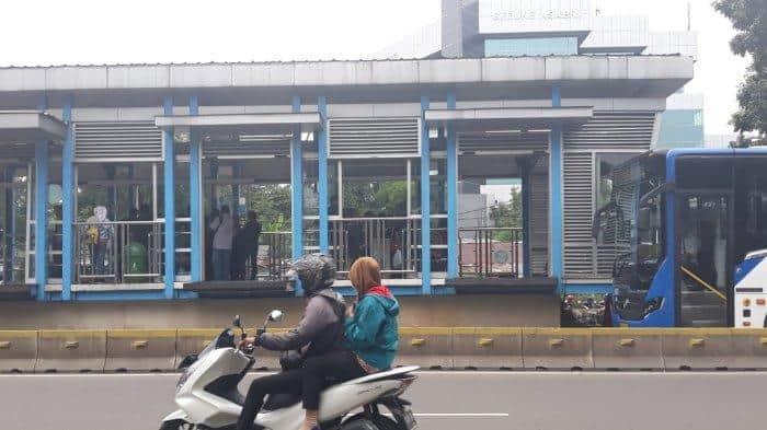 Ini Potensi Penyebab Pengaruh Bisikan pada Pelaku Penusukan di Halte Transjakarta