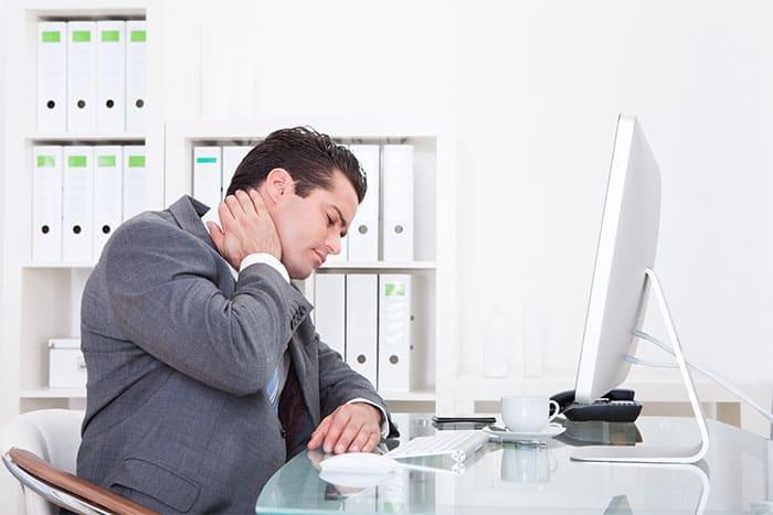 Para Pekerja Kantoran, Waspadai 3 Jenis Gangguan Kesehatan Paling Rentan Terjadi Ini!