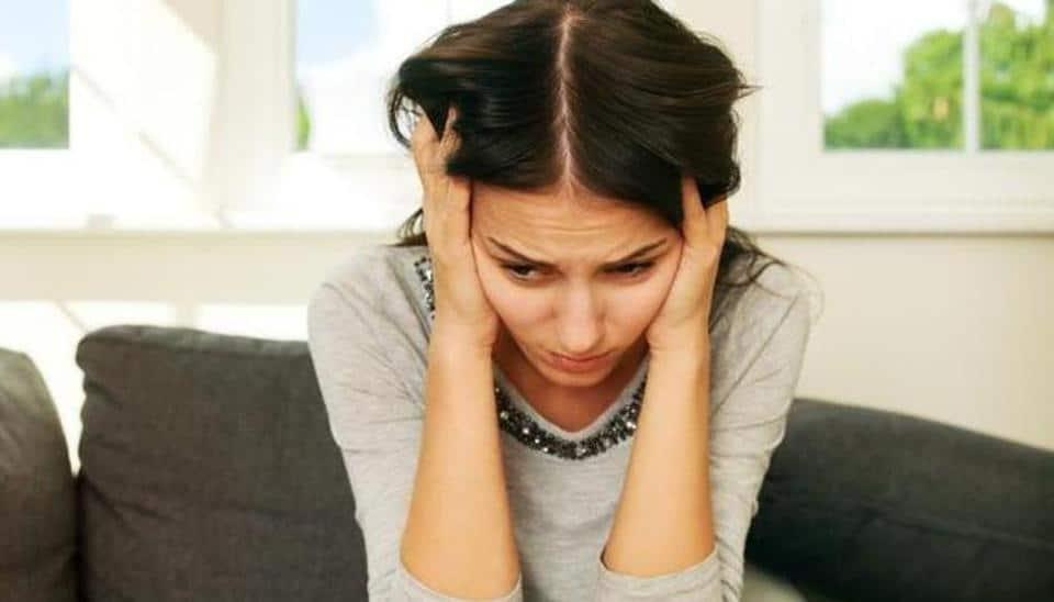 Wanita Ini Dalam Sehari Bisa Kehilangan Penglihatan Sampai 100 Kali, Kena Penyakit Apa?
