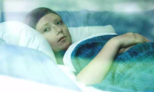 Wanita Penderita Kanker Ini Pilih Menjelajahi Dunia Ketimbang Ikut Kemoterapi