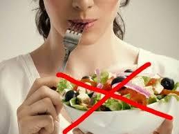 6 Makanan dan Minuman yang Harus Dihindari Saat Haid