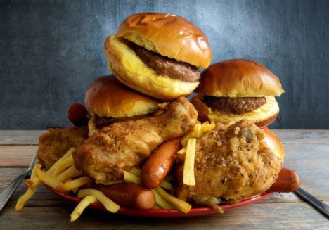 Hasil Riset Terbaru, Lemak dari Junk Food Bisa Sampai ke Otak Lho
