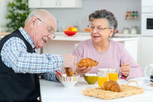 Memasuki Usia Senja, Ini 11 Nutrisi Paling Dibutuhkan Tubuh