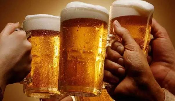 Ikut Kontes Minum Bir, Pria Ini Malah Meninggal Mendadak