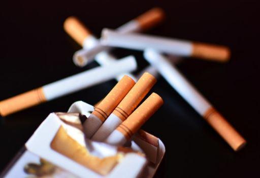 Tak Sadar, Pria Ini Selama 6 Tahun Siksa Anaknya Karena Rokok