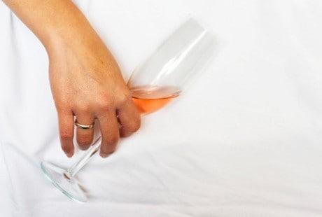 Inilah Pertolongan Pertama pada Overdosis Alkohol