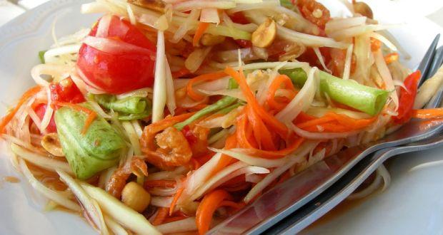 Gadis Ini Meninggal Usai Makan Salad Pepaya, Apakah Kena Infeksi Saluran Pencernaan?