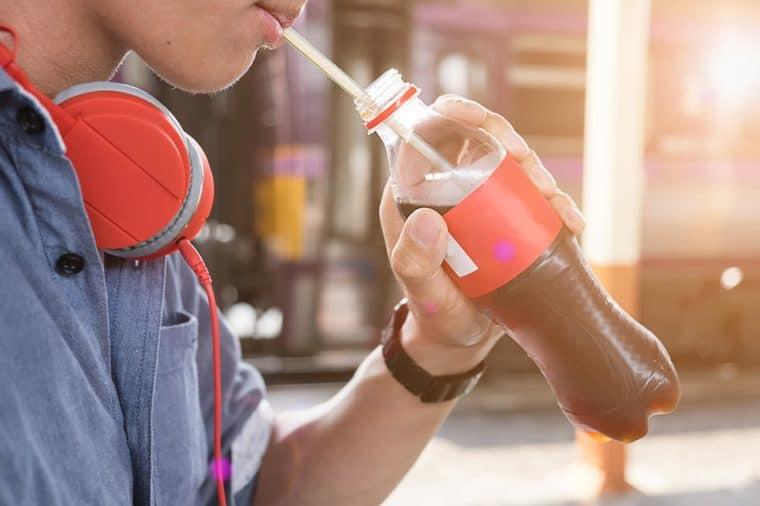 Infeksi Kulit Mengerikan Dialami Pria Ini Usai Konsumsi Soda Terlalu Banyak