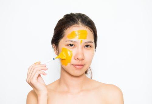 Manfaat Masker Kunyit Setiap Hari