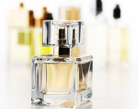 Bahaya Menggunakan Parfum Palsu
