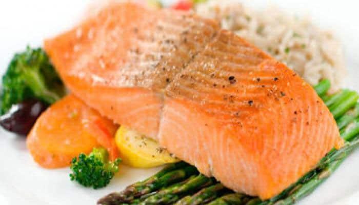 Makan Ikan Salmon Bisa Turunkan Kolesterol Tinggi, Benar Tidak Sih?