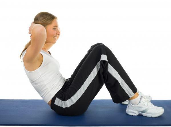 Tips Sit-Up Agar Perut Tidak Kram